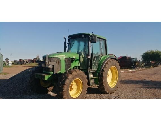 Tractor John Deere 8300 año 1998