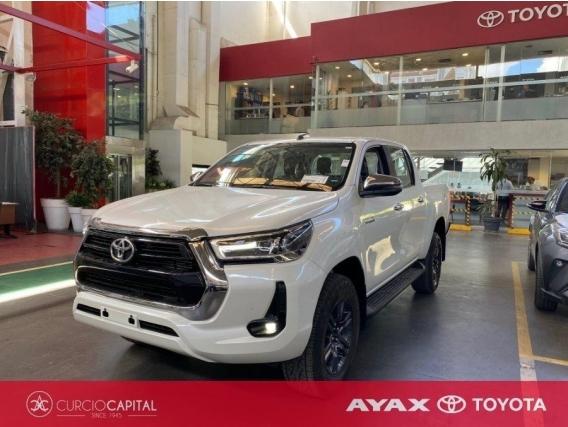 Camioneta Toyota Hilux SRV 4X4 Nafta