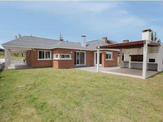 Casa En Lomas De La Tahona Ref. 4666