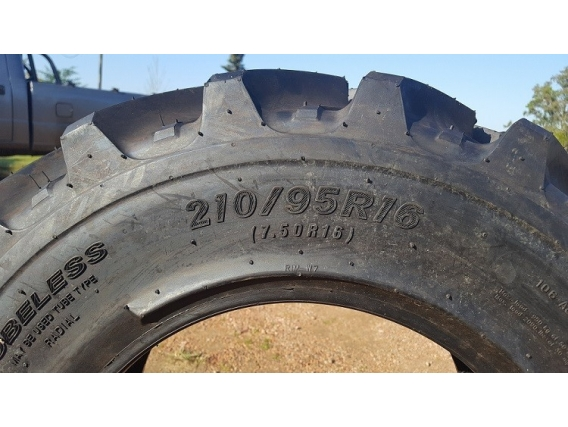 Neumático Tianli 210/95R16 Genesis R1W