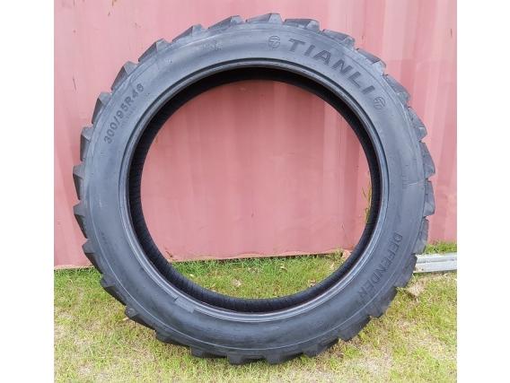 Neumático Tianli 300-95R46