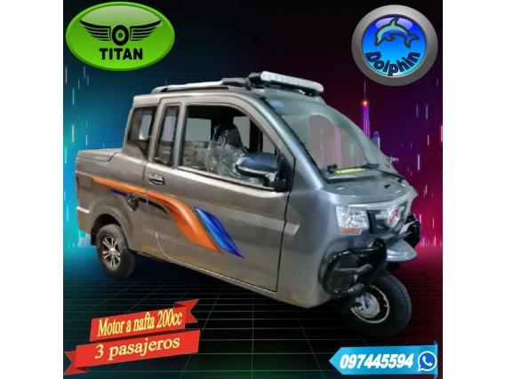 Triciclo Cabina Y Media