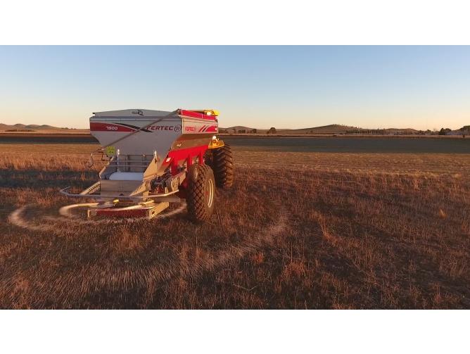 Fertilizadora Fertec 9000 Serie 5